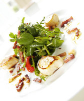 One of the exceptional meals created by chef Tom Hunter © Queen of Retreats