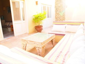 The gorgeous courtyard at Villa Isis, perfect for couples looking for a healthy holiday together