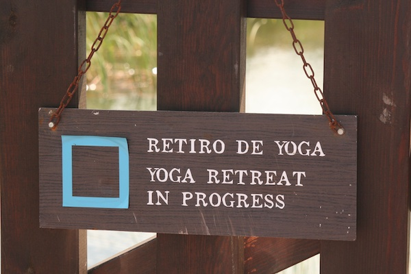 MV CSJ yoga sign