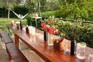 The al fresco dining table