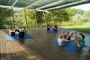 Partner yoga at In Sabina