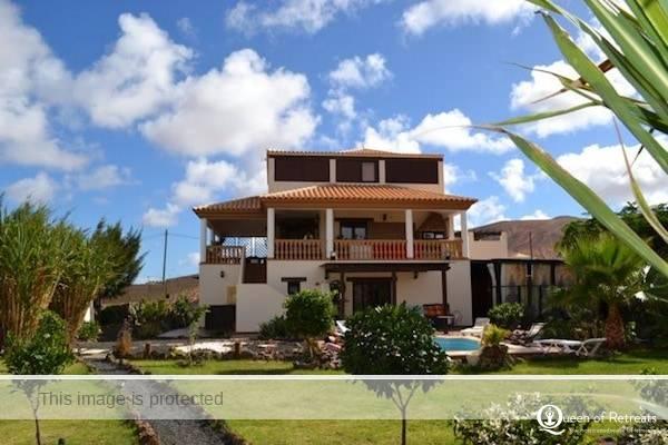 AzulfFit healthy yoga holidays Fuerteventura