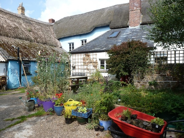 Retreats for You creative space for writers artists North Devon