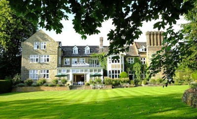 Ockenden Manor spa hotel