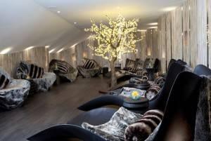 Headland Hotel lounge (c) Simon Burt