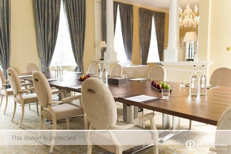 Champneys Dining room for Nourish Holidays