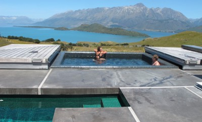 AroHa New Zealand infinity pool