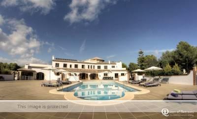 D-Toxd villa Spain