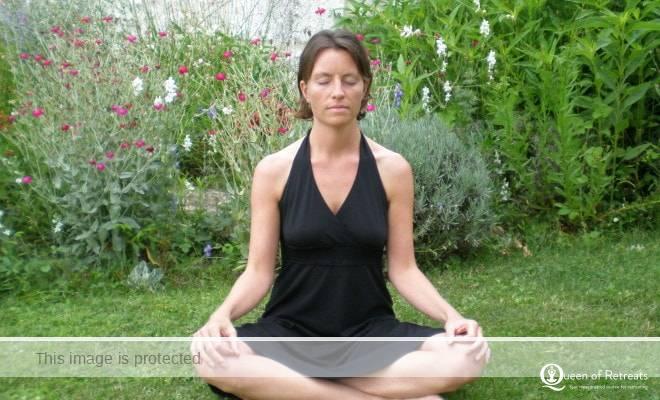 Caroline Sylger Jones meditation in France