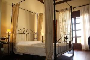 Santillán Bedroom