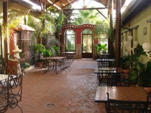 Santillán patio