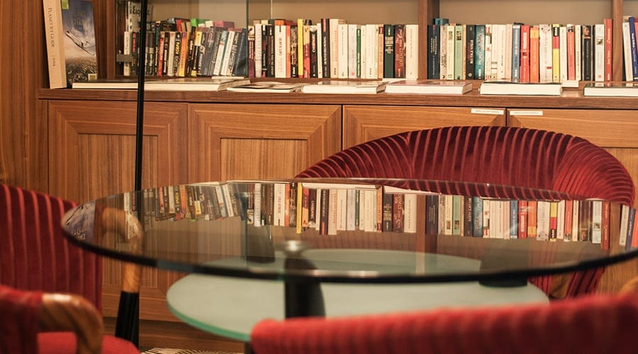 Park Igls Library Retreat
